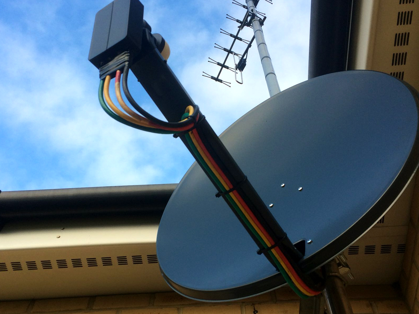 Satellite TV Systems Netcom